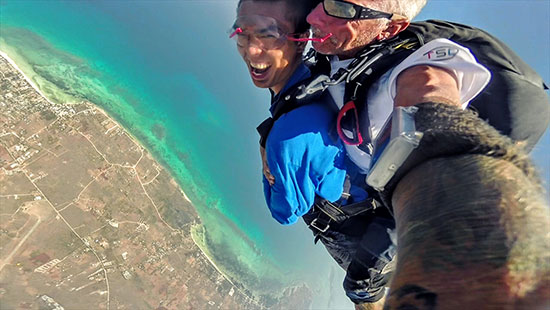 Skydiving in Bantayan
