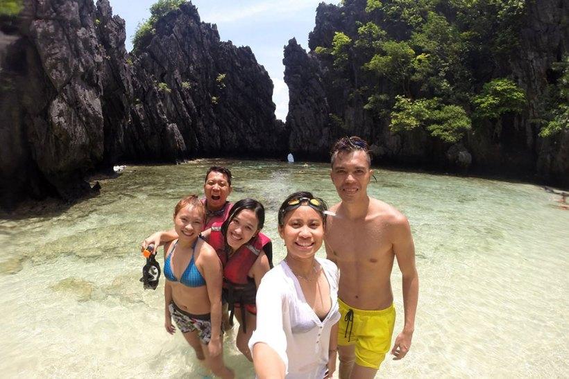 Group photo at Secret Beach
