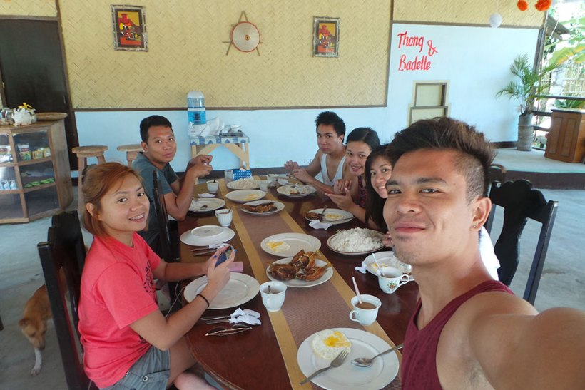 Breakfast at Myrla's Garden and Cottages