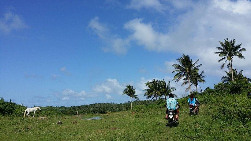 Motorcycle ride around Carabao Island