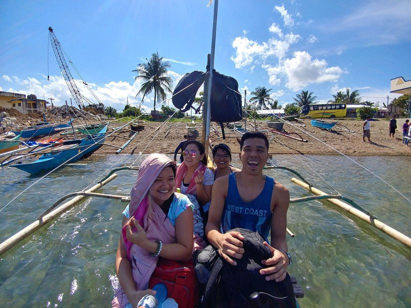 Boat ride to Hinugtan Beach