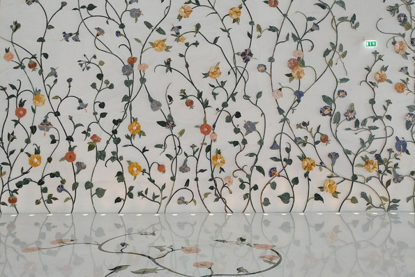 Flowers on the walls outside the prayer hall