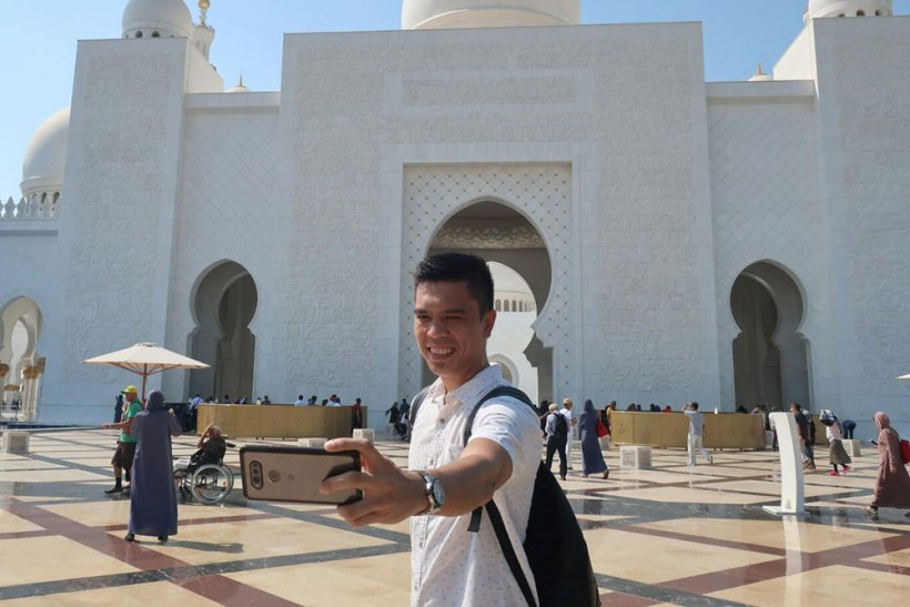 Selfie lord at Sheikh Zayed Grand Mosque