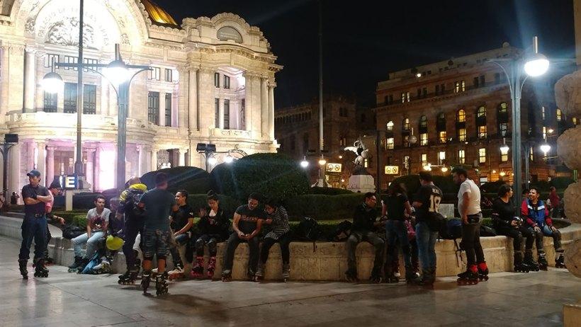 Skaters at Palacio de Bellas Artes