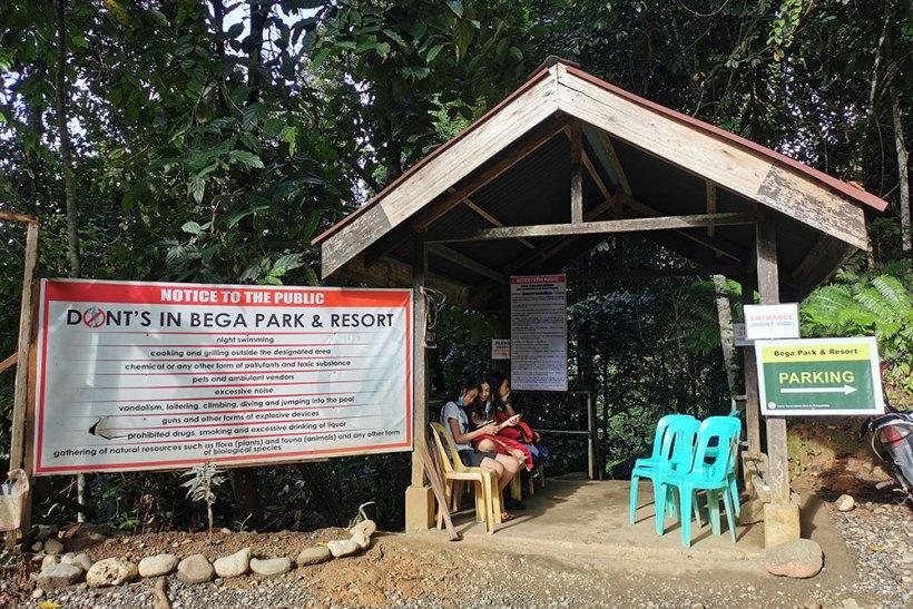 Bega Falls entrance
