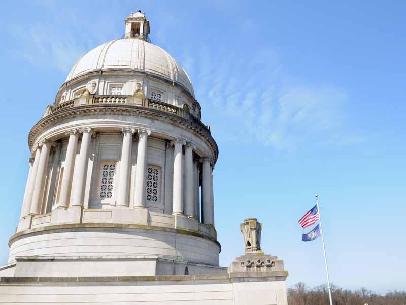 Kentucky lawmakers resurrect pension overhaul bill