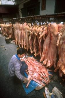 Hong Kong, Kowloon, barrio Jau Ma Tei, puesto e venta, cerdo