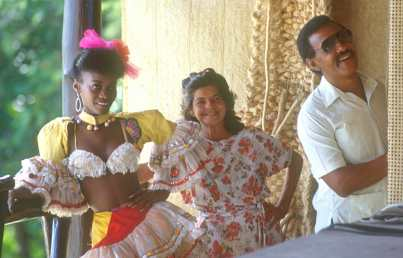 Cuba, Holguín, Grupo Musical y Bailarines
