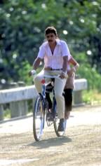 Cuba, Pinar del Río, Plantación de Tabaco, ciclista, bicicleta