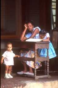 Cuba, Baracoa, playa Barigua, Familia