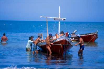 Uruguay, Rocha, Punta del Diablo, Pescadores, trabajo