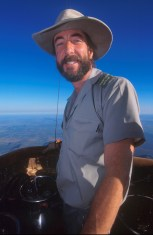 Sudáfrica, Bophuthatswana, parque Pilanesberg, vuelo en globo, piloto, retrato
