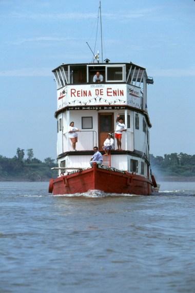 Bolivia, Beni, rio Mamore, Flotel Reina de Enin