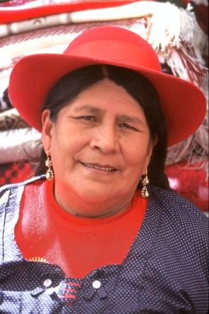Bolivia, Chuquisaca, Tarabuco, feria dominical, venta ambulante, retrato