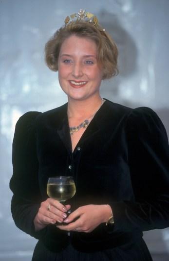 Alemania, Brandenburgo, Wurtenburgo, Fiesta del Vino, Reina delVino 1996, retrato
