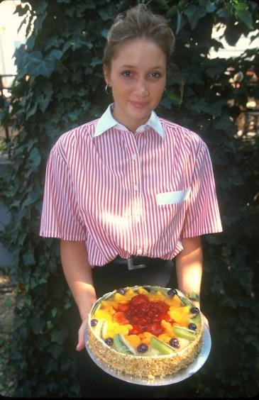 Alemania, Berlín, Restaurante Shinkel Klause, una hermosa Tarta, retrato