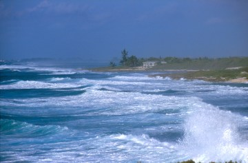 Islas Cayman, Blow Holes