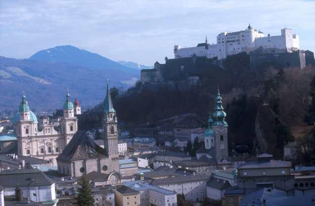 Austria, Salzburgo, nocturno