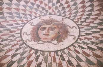 Túnez, El Jem, Mosaico de Medusa