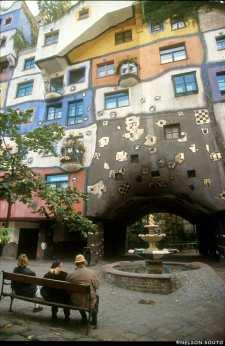 Viena, Arquitecto Hundertwas