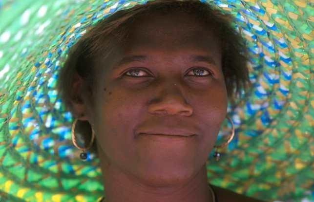 Cabo Verde, Isla Santiago. Vendedora del mercado, retrato