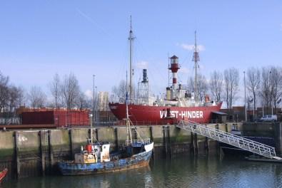 Flandes, Puerto de Zeebrugge