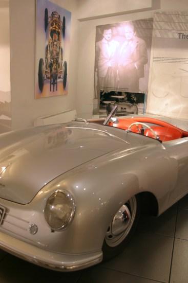 Alemania, Baden-Wurtemberg, Stuttgart, Stuttgart, barrio Zuffenhausen, museo Porsche