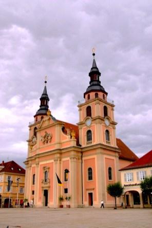 Alemania, Baden-Wurtemberg, Ludwigsburg, jardines barrocos, plaza del mercado