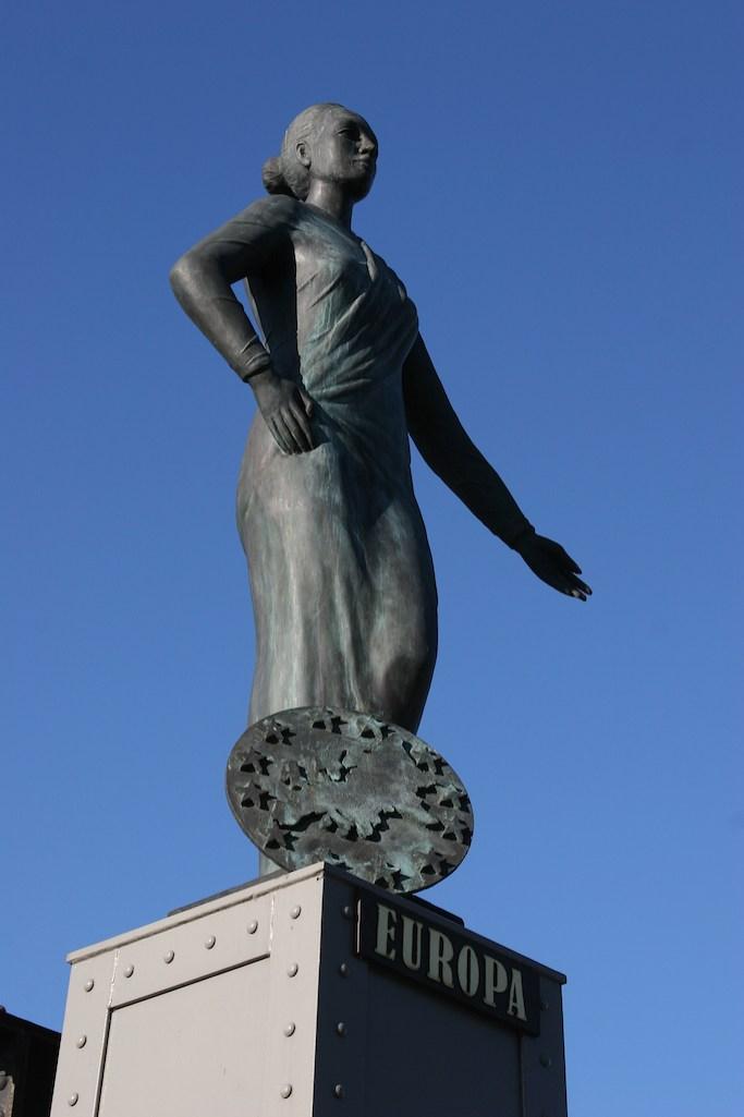 Alemania, Hamburgo, Ciudad de los Almacenes, estatura de Europa, escultura
