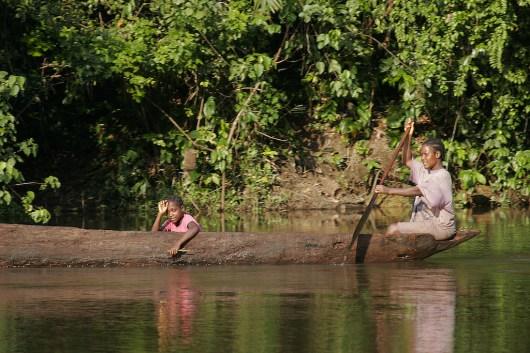 Camerún, Río Lobe, transporte