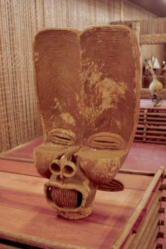 Camerún, Bandjoun, Chefferie,, museo real