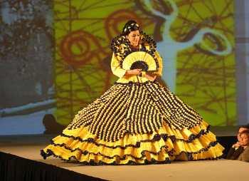 Catalunya, D´Urgell, Mollerusa, Concurzo de Vestidos de Papel