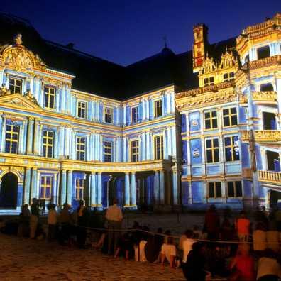 Castillos del Loira, Castillo Real de Blois