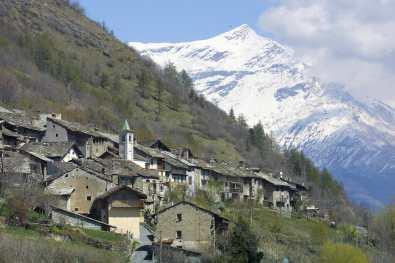 Piamonte, Deveys, Valle de Suiza