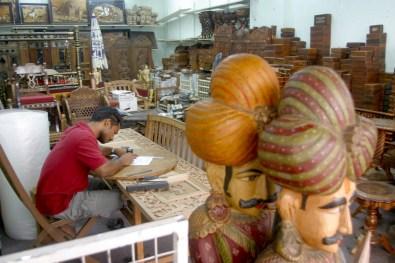 Singapur, Pequeña India, tienda de artesanía de madera