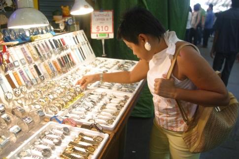 Singapur, Bugis Village, mercado, relojes