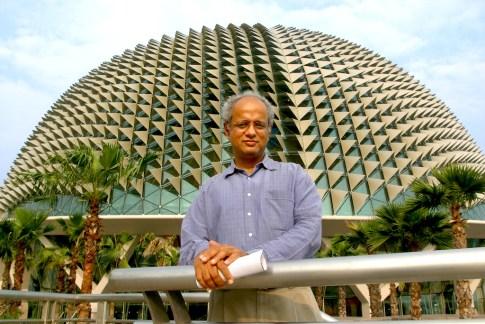 "Singapur, Centro de Arte ""Esplanade"", obra del arquitecto Sr Vikas Gore"