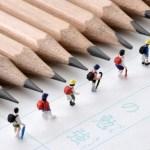 絨毯の鉛筆汚れの掃除はどうする?削りカスを落としてしまったら?壁紙の鉛筆の落書きを消すには?