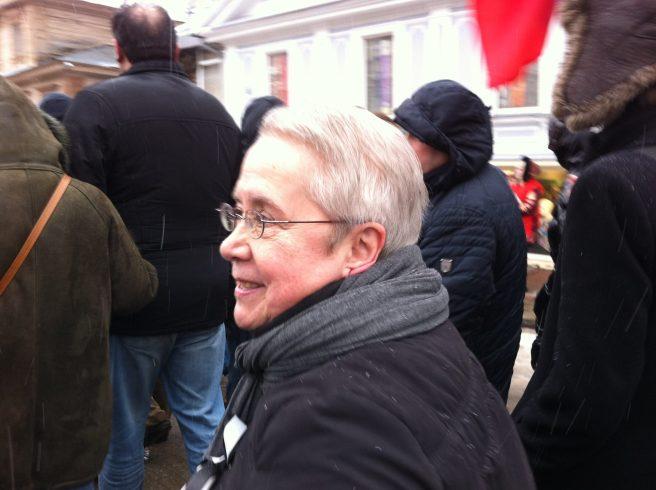 Валентина Бузмакова – автор и ведущая программы «Политическая кухня», которая в разные годы транслировалась на каналах «Волга», ННТВ, НТР и «Кремль»