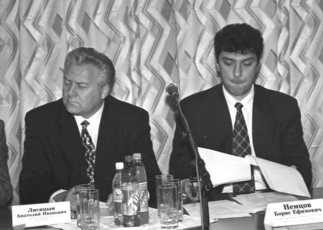 Анатолий Лисицын и Борис Немцов. / Фото Сергея Белякова