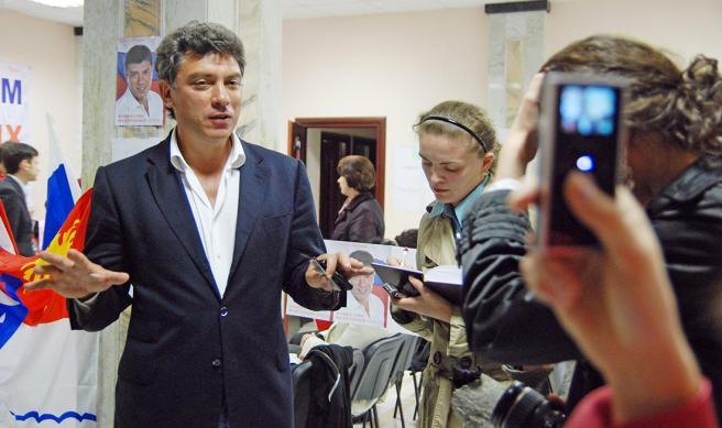 Кандидат на пост мэра Сочи Борис Немцов в своем избирательном штабе после окончания голосования, Сочи, 26 апреля 2009 года // Фото: Виктор Клюшкин / ТАСС / Scanpix