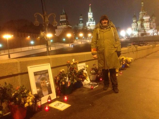 06 ч. 06 мин. 16.11.2016. Ночные Иван Шаравин, Илья Повышев (уехал) и Мемориал.