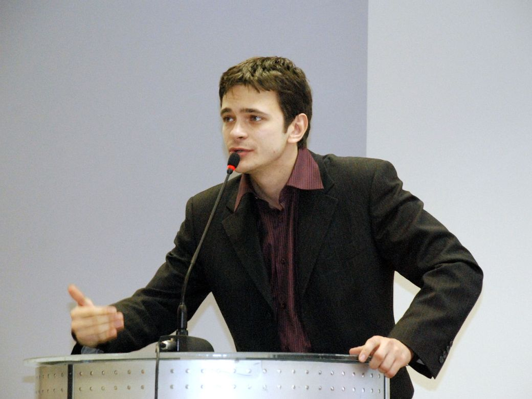 Илья Яшин на московской конференции движения «Солидарность». 23 ноября 2008 года