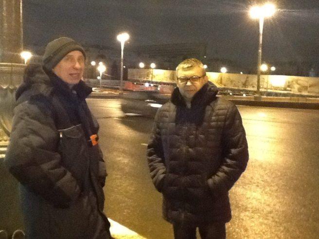 Павел Колесников и Игорь Гордеев, Игорь приехал забрать вещи на выходные.