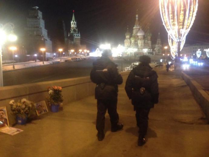 Весь вечер мимо ходили патрули. Фотографии — Тамара Луговых