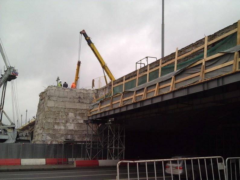 10.11.2018 Немцов мост. Ремонт На другой стороне моста
