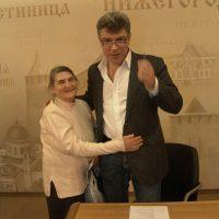Чтобы понять про Немцова, достаточно посмотреть на его маму