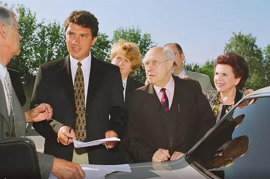 1996.08.17.Nemtsov-Rostropovich-NN-Vacha