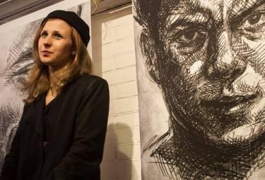 Борис Немцов, портрет Хейдиз.Мария Алехина на выставке 9 октября.