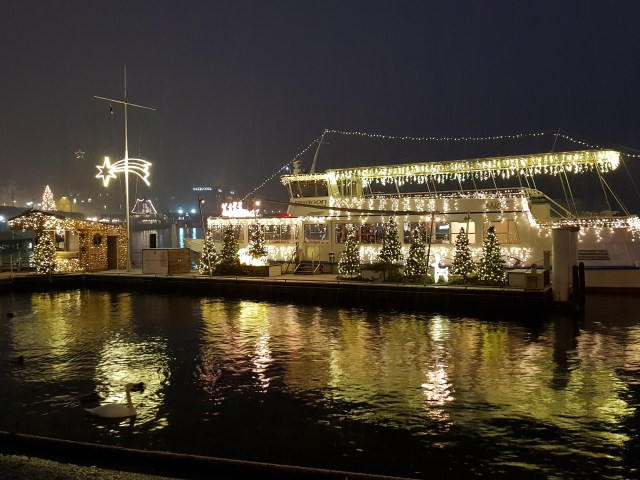 Fully lighted boat